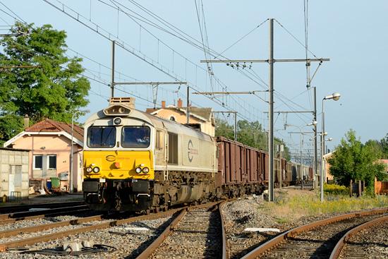 Class 77 à Pont de Veyle