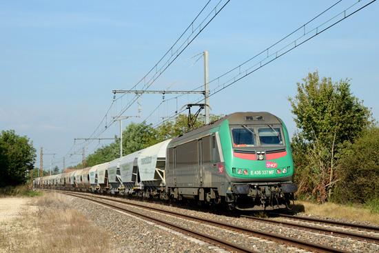 2200 tonnes de train, soit 1100 tonnes de céréales pour un seul conducteur.