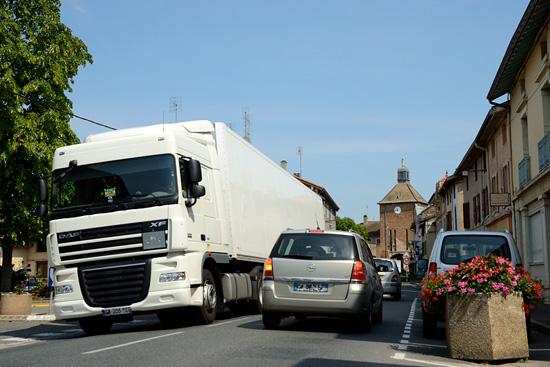 Que paye ce camion pour la route sur laquelle il circule ?